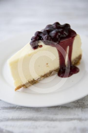 CheesecakeBlackberrySlice0132