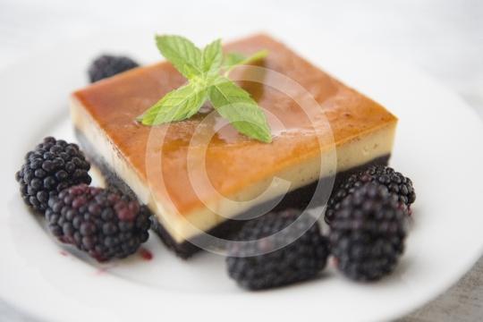 FlanBlackberrySlice0305