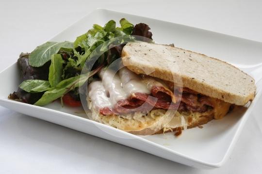 Reuben Sandwich 3749